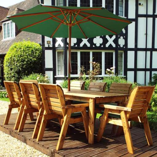 Traditional eight seater table set